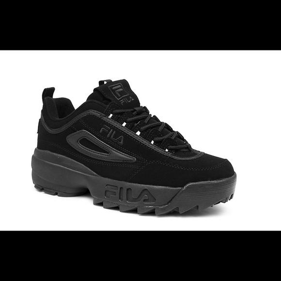 Fila Shoes   Mens Strada Disruptor Size